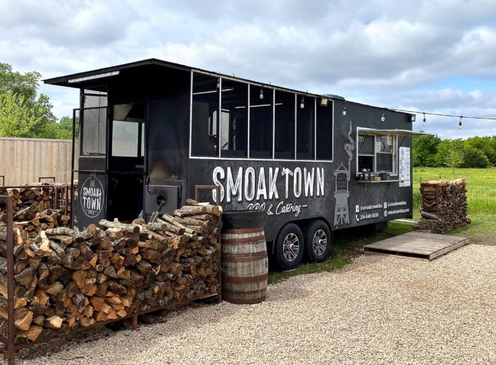 a-new-pitmaster-finds-his-footing-at-smoak-town-bbq
